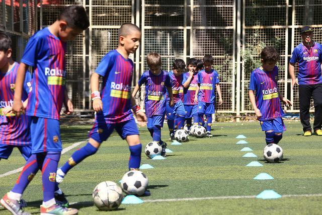 اعزام کاروان 300 میلیاردی تجهیزات ورزشی زنگ درس تربیت بدنی در استان ها