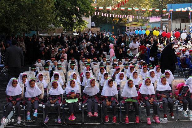144 کلاس درس جدید ساخته شد، وجود مدارس چوبی وخشتی در مازندران