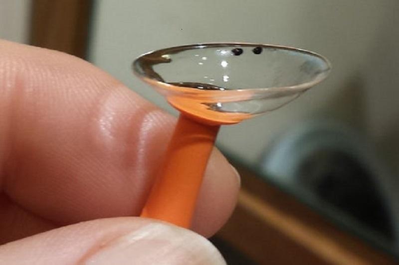 با لنز تماسی جراحت های قرنیه درمان می گردد
