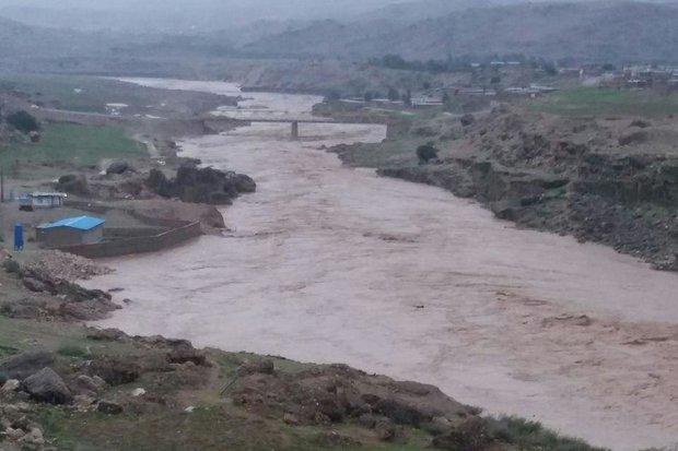 585 نفر از سیلاب دزفول آسیب دیدند