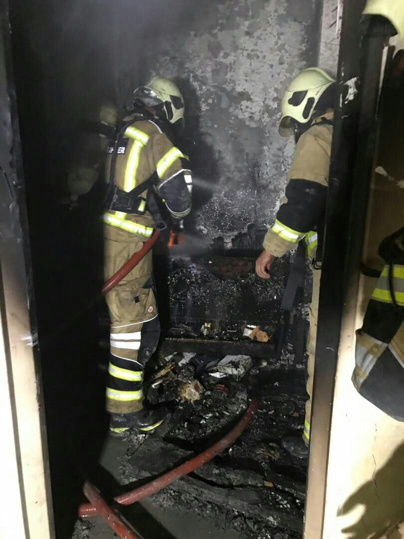 ملکی در مصاحبه با خبرنگاران اطلاع داد آتش سوزی در یک برج یازده طبقه، حادثه مصدومی نداشت