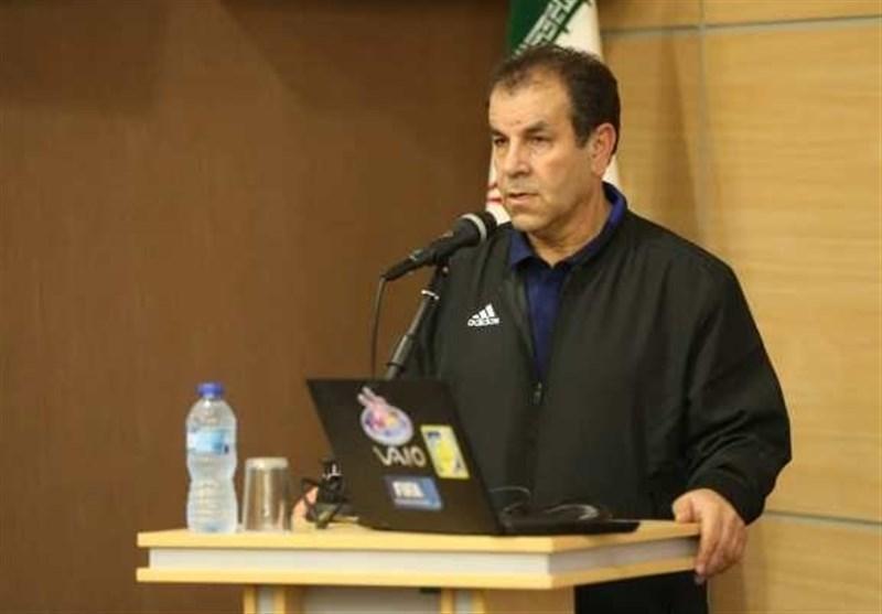 اصفهانیان: تصمیم درباره کرانچار و سرمربی تیم ملی باید به هیئت رئیسه بیاید، تاج باید گزینه های دبیرکلی را اعلام کند