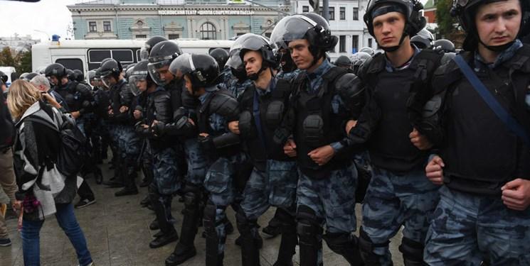 پلیس روسیه 600 نفر را در تظاهرات غیرقانونی در مسکو بازداشت کرد