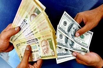 روپیه به ضعیف ترین ارز آسیایی در مقابل دلار آمریکا تبدیل شد