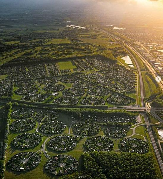 دوست داشتید در این شهر دایره ای زندگی کنید؟