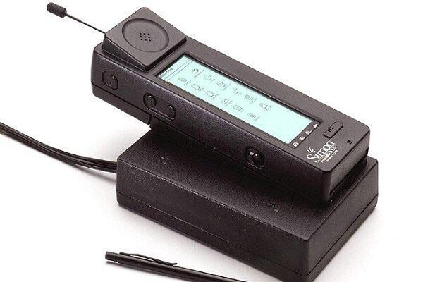 اولین گوشی تلفن همراه جهان 25ساله شد