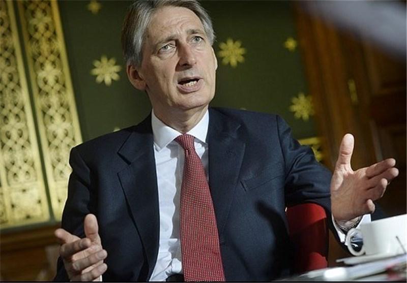 هاموند: انگلیس در حال روشن کردن آتشی در زیر اتحادیه اروپاست