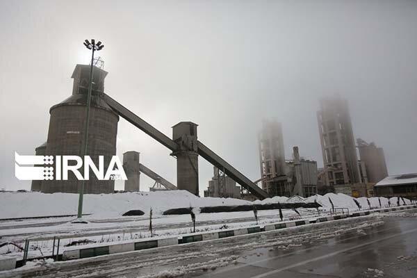 استفاده از سوخت مازوت در کارخانه سیمان تهران متوقف شد