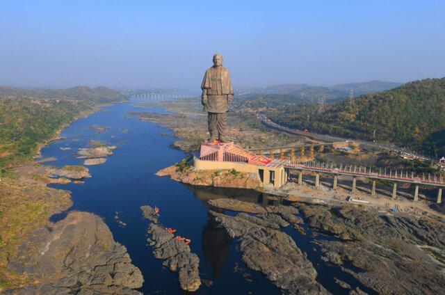 ماجرای فروش بلندترین مجسمه دنیا چه بود؟