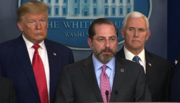 خبرنگاران ترامپ برکناری وزیر بهداشت آمریکا را تکذیب کرد