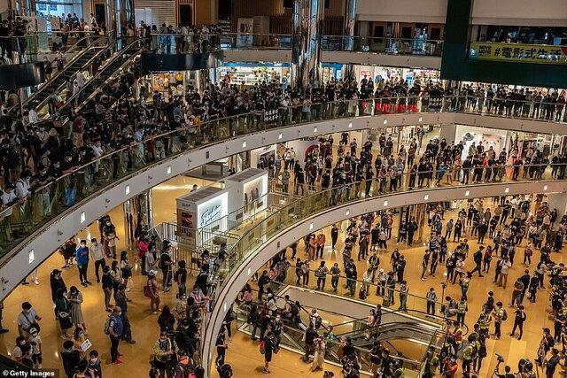 ادامه اعتراضات در هنگ کنگ با وجود کرونا