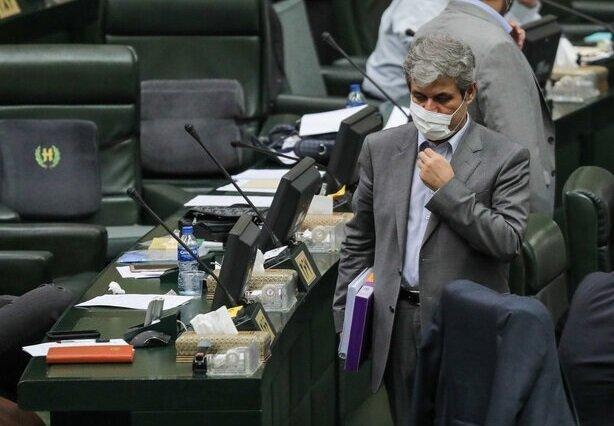 تصاویر لحظه خروج تاجگردون از مجلس پس از رد اعتبارنامه ، جایگاه 257 خالی شد
