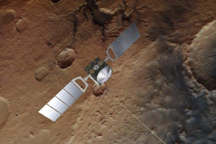 کشف سه دریاچه زیرسطحی جدید در مریخ