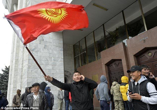 ابراز نگرانی پوتین از بحران سیاسی قرقیزستان