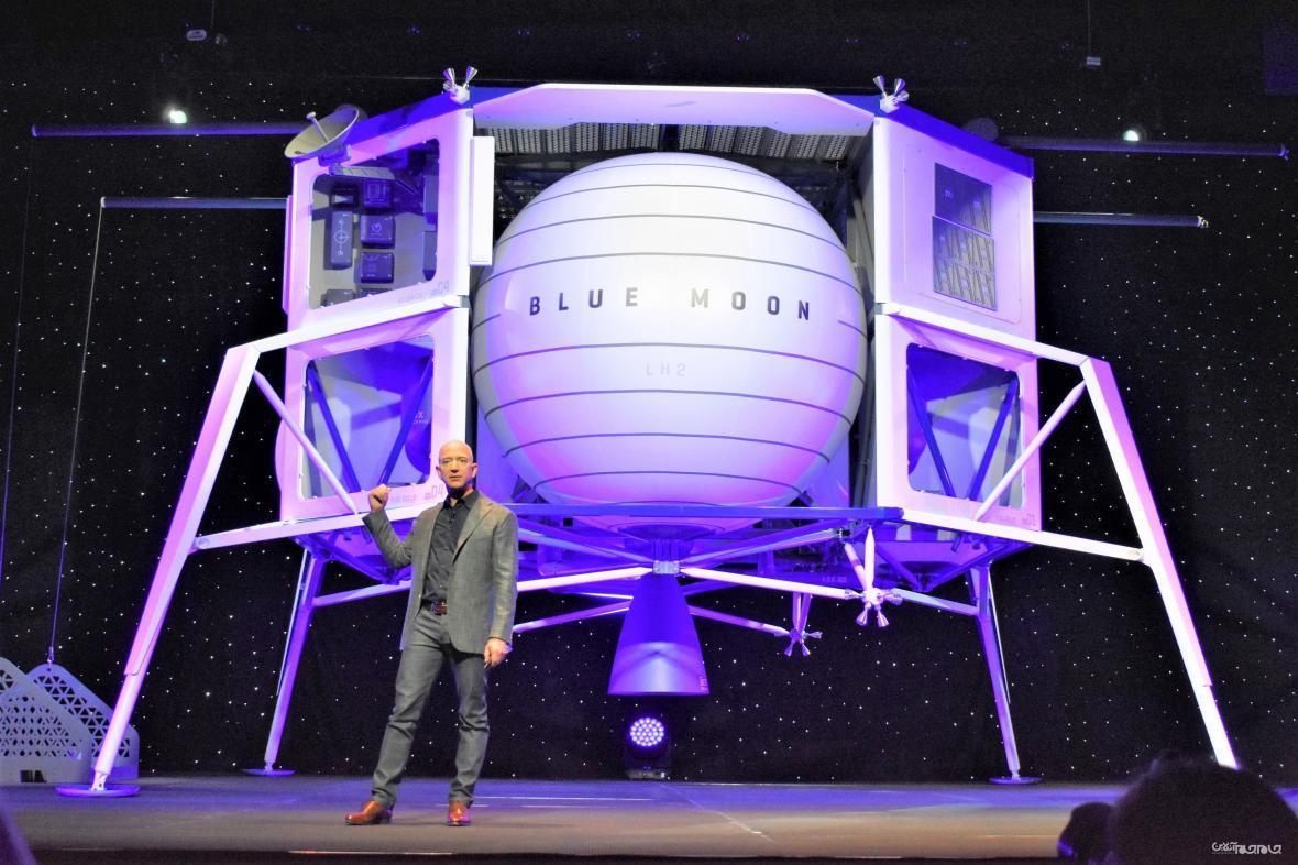 جف بزوس: بلو اوریجین اولین زن را به سطح ماه می برد