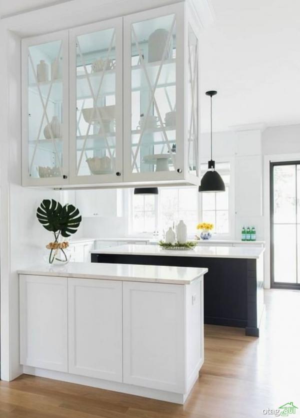 شلف بالای کانتر اپن به جهت زیبا جلوه دادن دکوراسیون آشپزخانه