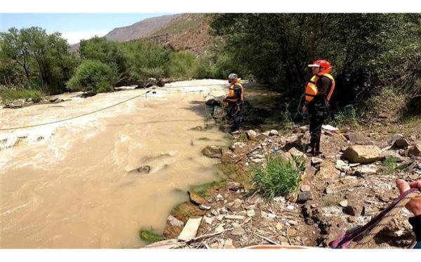 غرق شدن یک زن 45 ساله در رودخانه هراز