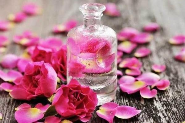 مزایای باور نکردنی مصرف گلاب در تابستان