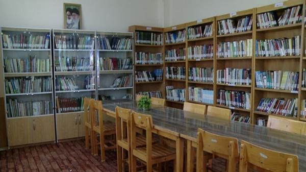 کتابخانه روستای مبارک آباد قم افتتاح شد